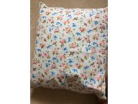 Only 1 cushion left