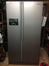 Samsung side-side gray fridge freezer good working order £200.00