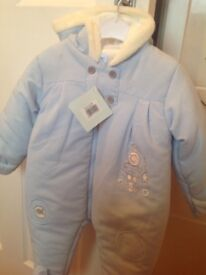 Baby boy's snow suit 3-6monthes NEW