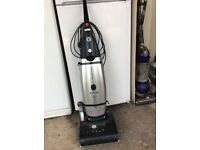 HOOVER ENIGMA 2200w UPRIGHT