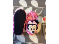 Minnie Mouse slippers new with tags size 6