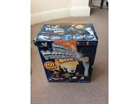 Box of 150 magic tricks with hat and wand