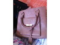 2 handbags 1 purse