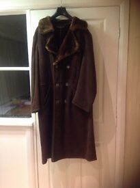 Excellent little used Gent's Overcoat in faux suede with faux pile lining, superb quality S. 42/44