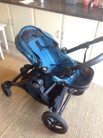 City Select Baby Jogger - good condition, with two seats or one seat and bassinet function
