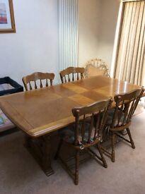 Harvey's oak extending dining table