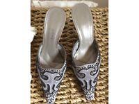Nine West Silver Salvador Ladies Shoes