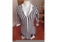 STRIPED TOP / DRESS FOR MISS BEETLEJUICE/ CONVICT ZE 8/10 GREAT FRO PARTY OR HEN DO