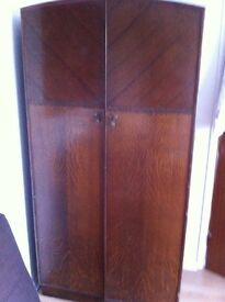 Lovely functional wardrobe, £45, please text 07581482720 if interested