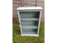 Pretty display cabinet - vintage style