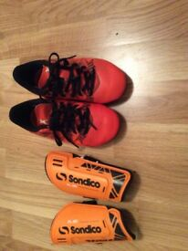 Kids size 10 ADIDAS football boots