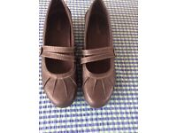 Black slip- on court style shoes with small heel size 6 (39)
