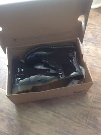 BRAND NEW Dr Martens Black Patent Leather 'Lamper 1460' Boots