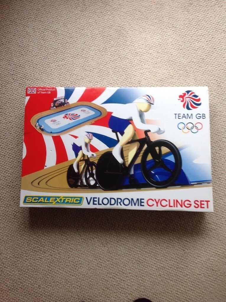 Scalextric Team GB 2012 Veledrome cycling set