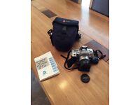 Minolta Dynax 404si 35mm SLR Camera
