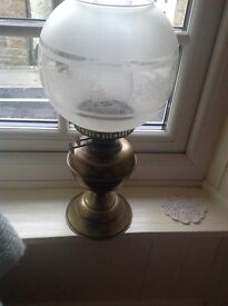 Brass Vintage Style Oil Lamp £20 Ex. Condition