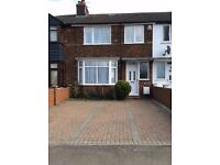 ** LOVELY 3 BEDROOM HOUSE, AVAILABLE IMMEDIATELY, NEWLY DECORATED, CLOSE TO TOWN**