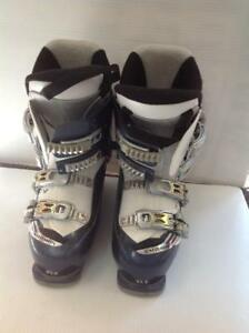 Salomon Divine 4 Womens Ski Boots (FZN374) - Used
