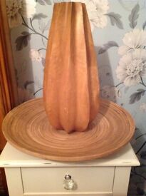 Next solid wooden vase and idea decorative plate