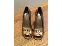 Gucci Shoes in Camel GG Leather
