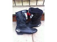 Sidi Fusion motorcycle boots size uk 9.5 euro 44 as new condition