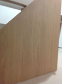 Beech effect corner desk height 70 cm top 90 x 90 along wall side