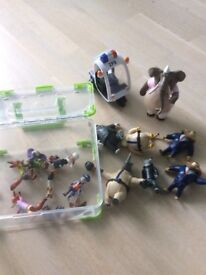 ZOOTROPOLIS FIGURES AND SCOOTER