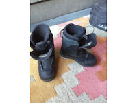 K2 Snowboarding Boots Size 8.5