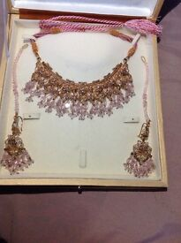Gold plated asian necklace set