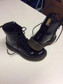 Girls dr marten boots