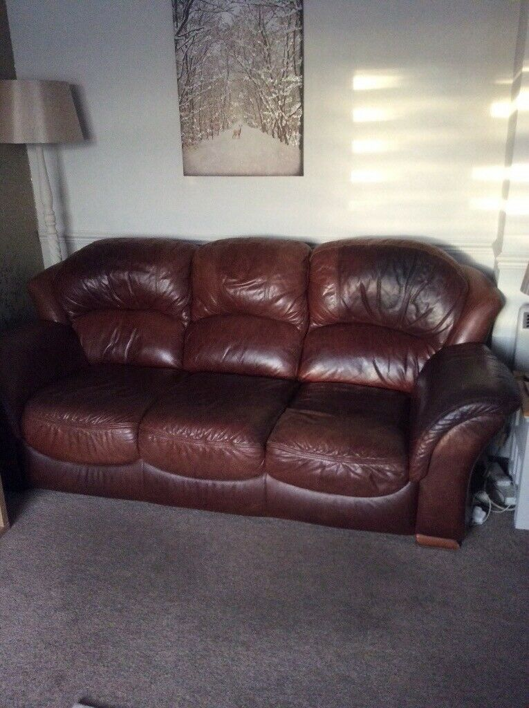Soft Rawhide Leather Sofa Amp 2 Armchairs In Great