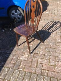 Set of 5 kitchen chairs, buy altogether or any number, nice old style.