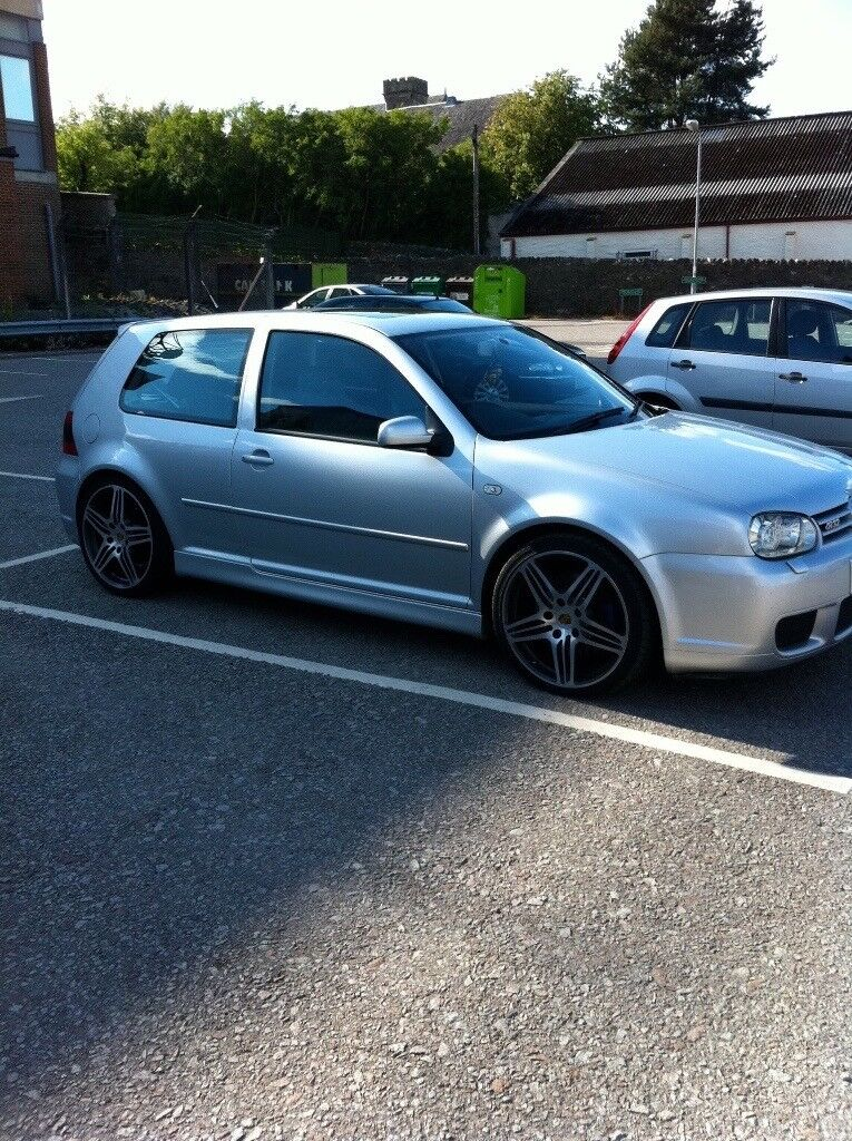 vw golf r32 mk4 very well looked after every receipt and fvwsh!