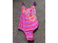 Girls speedo swimsuit age 6 £3