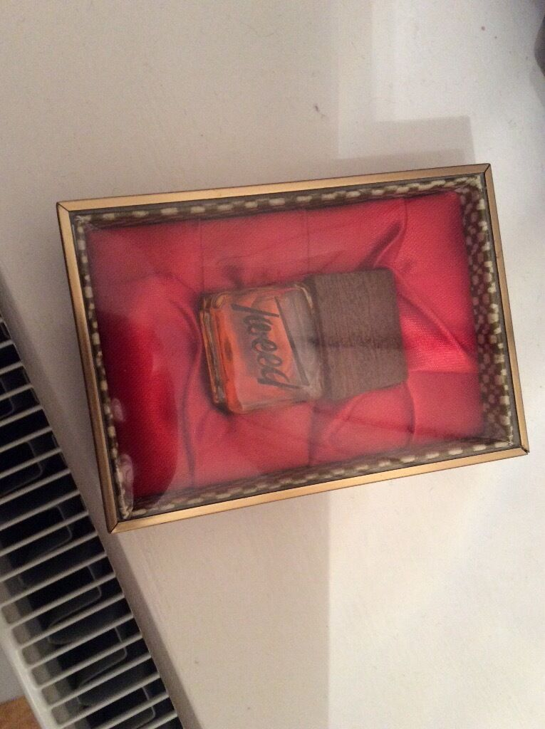 Vintage Miniature Tweed Perfume in presentation box5 Derehamin Norwich, NorfolkGumtree - Miniature bottle of Tweed perfume. Unopened. Presentation box in Excellent condition. From smoke free home. Will consider delivering