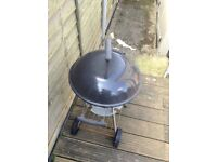 Kettle barbecue.