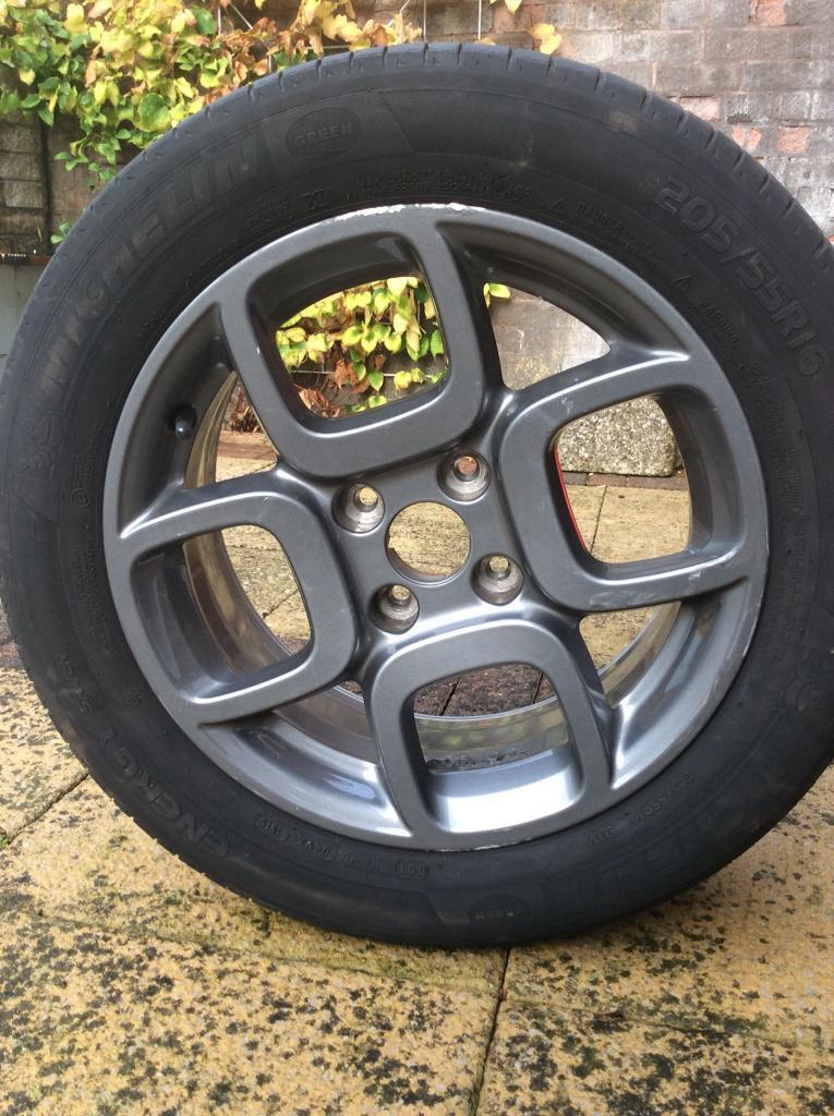 Original Citroen C4 Cactus alloy wheel and Michelin tyre | in  Stoke-on-Trent, Staffordshire | Gumtree