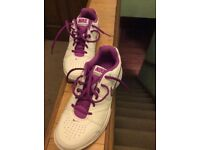 Nike city court trainers