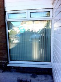 Large White PVC Double Glazed Window 210cmx 180cm in Excellent Condition. £100.Also includes blinds