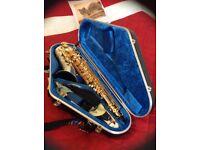 Elkhart Delux tenor saxophone