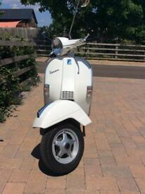 Vespa PX150 2016. Very low mileage.