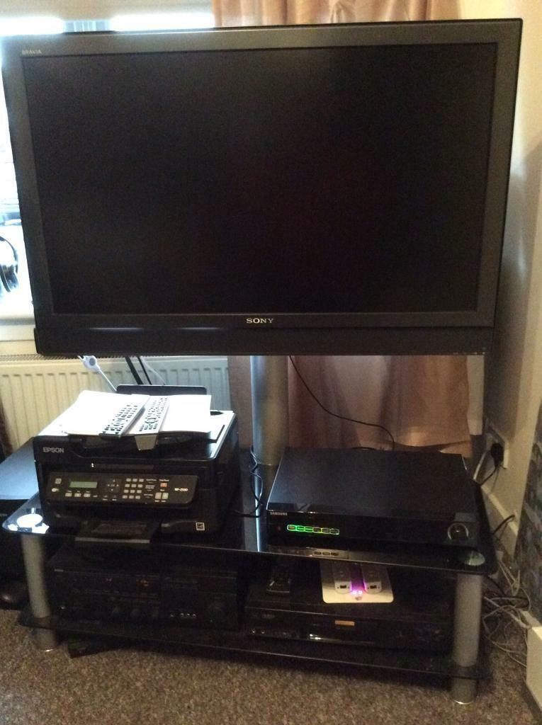 TV Stand with 2 x shelves