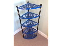 Le creuset pan stand blue