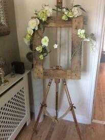 Wedding easel/frame/flowers