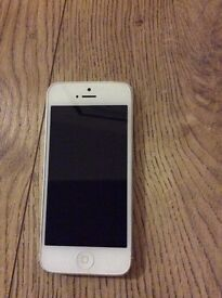 Apple IPhone 5 16GB White/Silver Faulty
