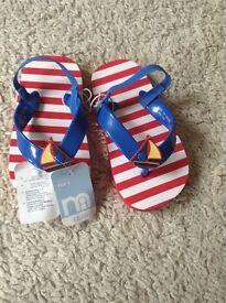 Boys sandals/flip flops