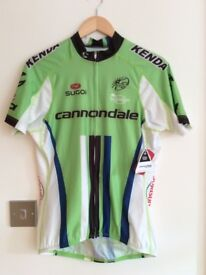 Mens Cannondale short sleeve cycling jersey.