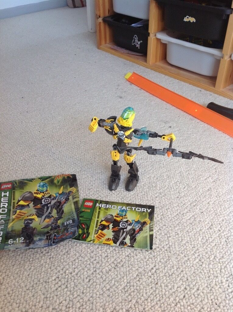 6 Lego Hero Factory figures.