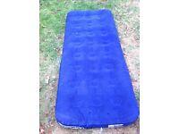 Single air mattress with battery powered pump