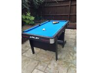 Riley 5ft Deluxe Pool Table, Cues & Balls - Vertical Folding